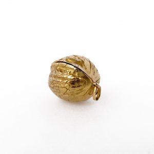 Gold . Walnut . Pendant
