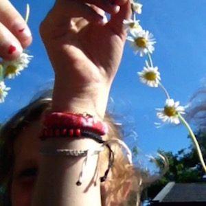 daisy chain DIY https://youtu.be/y2vJlJoj1vA